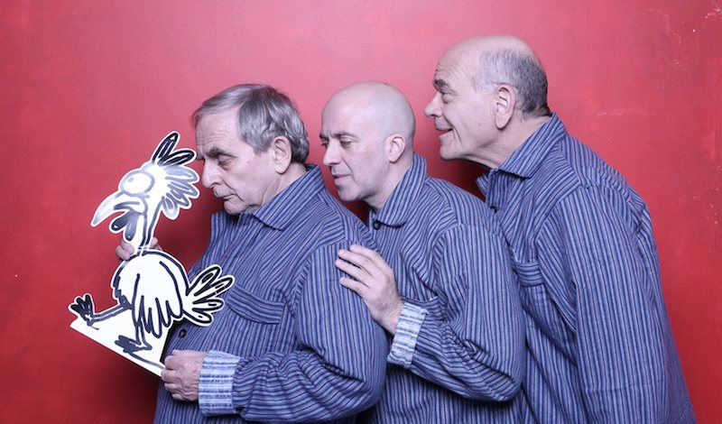 A chicken crossing the road with Sylvester McCoy, Richard Oliver and Robert Picardo Pic A Joke