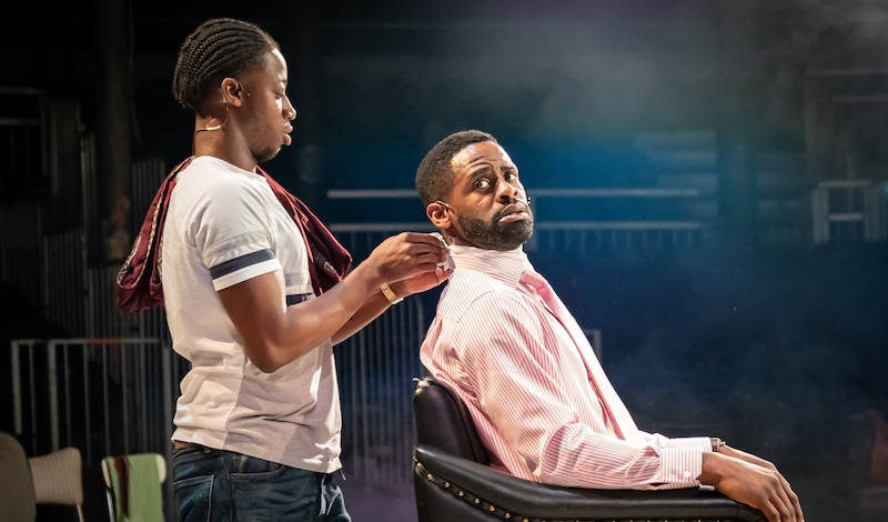 Mohammed Mansaray and Okorie Chukwu in Barber Shop Chronicles at the Roundhouse (c) Marc Brenner